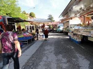 Sarnano market